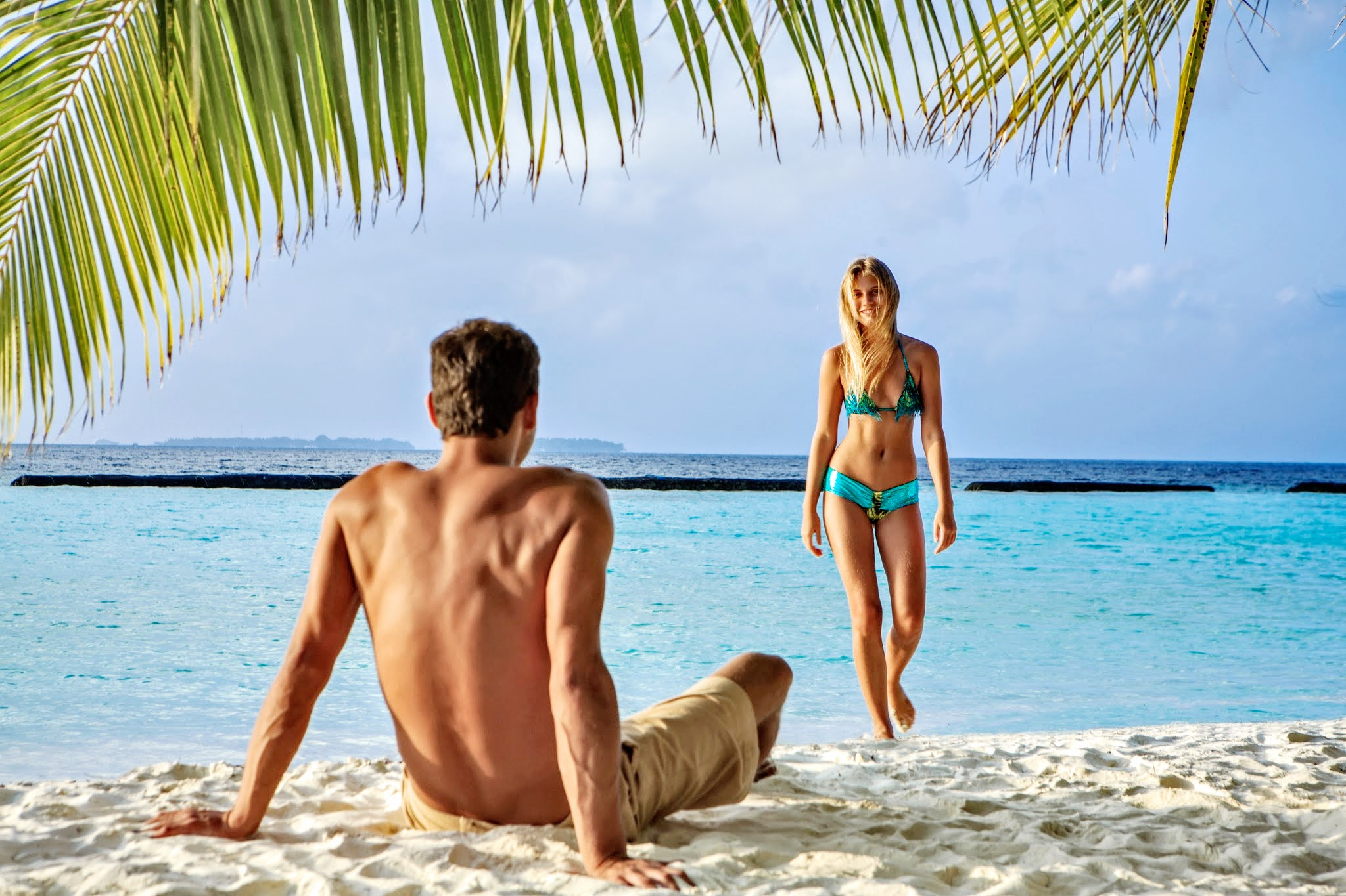 Romantic couple, beach, Kurumba Maldives