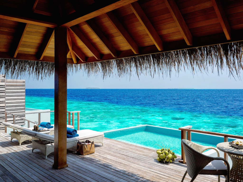 Luxury Pool Villas Maldives: World Luxury Hotel Award 2014 Goes To Dusit Thani Maldives