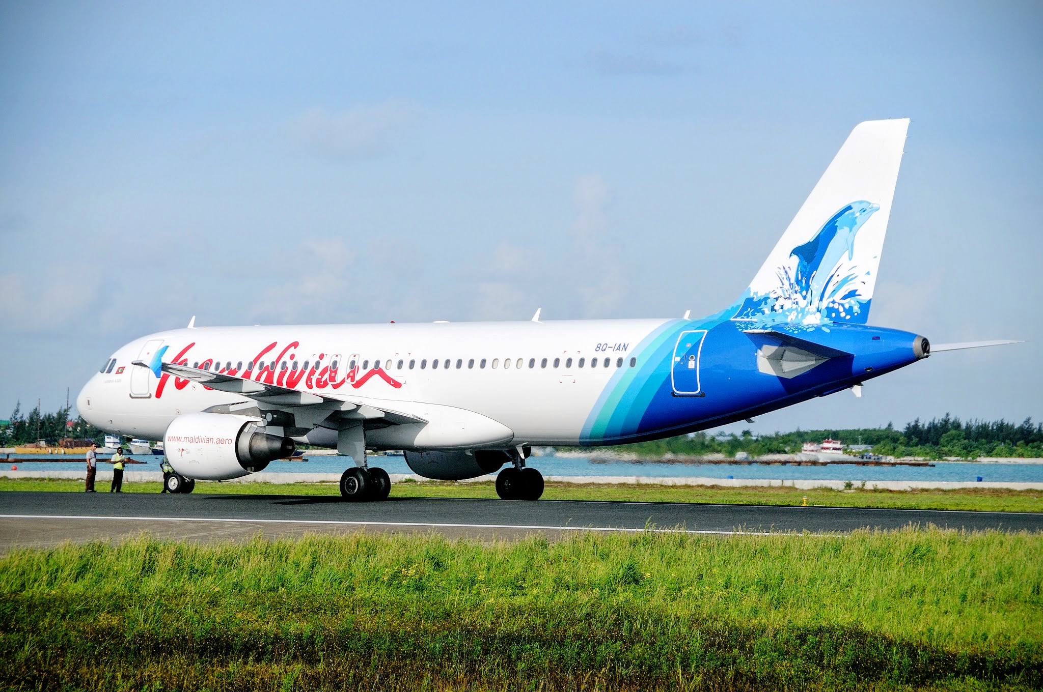 China - Maldives flights Maldivian