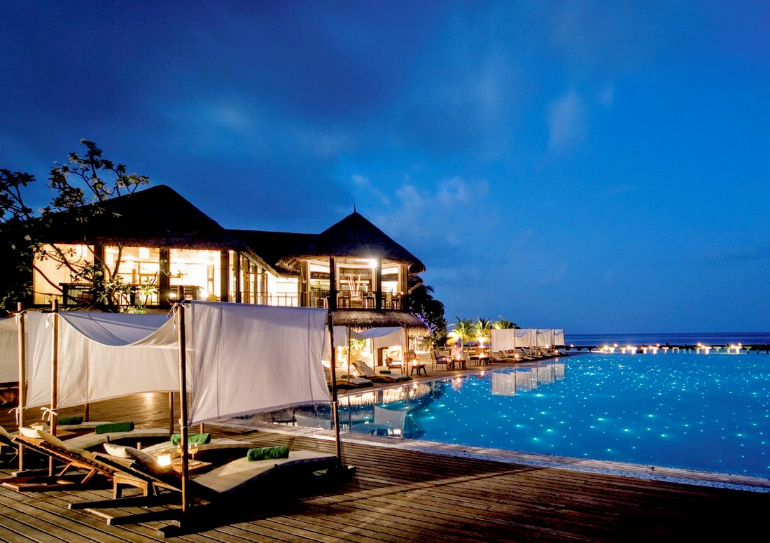 Latitude Bar, Coco Bodu Hithi