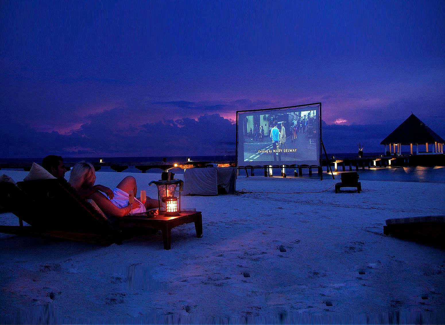 Beach Cinema, Coco Bodu Hithi