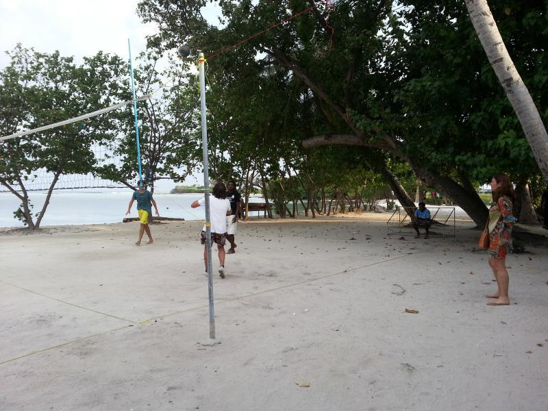 volley court Rip Tide Vacation Inn Maldives