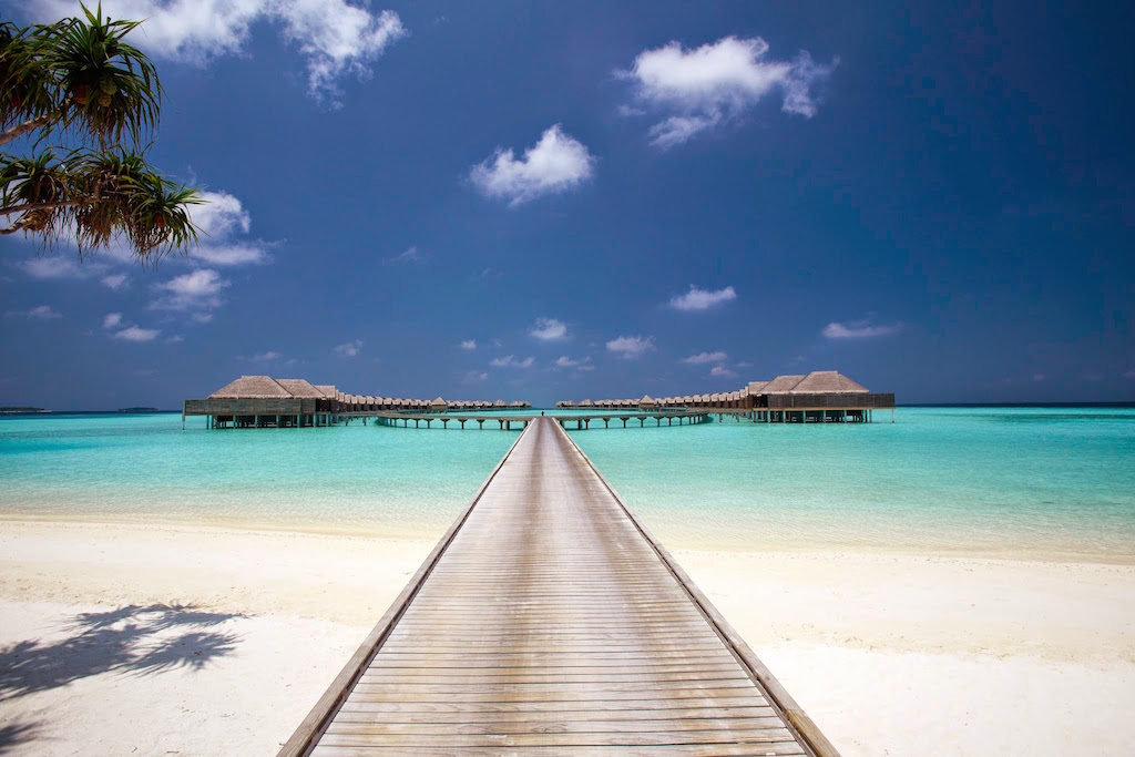 Over water boardwalk, Anantara Kihavah Villas, Maldives