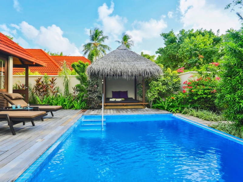 Royal Residence Pool, Kurumba Maldives