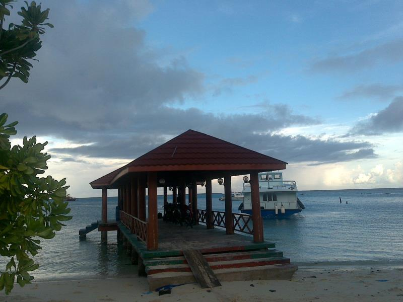 Island main jetty, Batuta Maldives Surf View