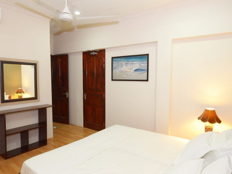 Twin Room, Batuta Maldives Surf View