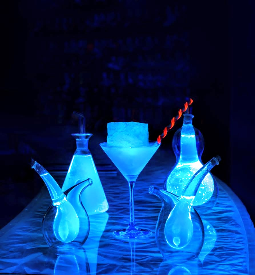 Glowing cocktails, 15 Below - underground nightclub, W Retreat & Spa - Maldives