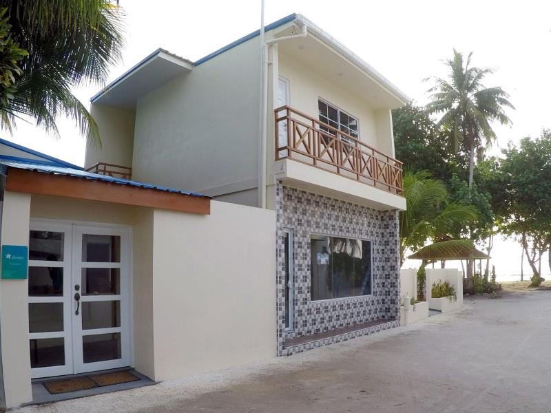 Exterior view with entrance — at Canopus Retreat Thulusdhoo.