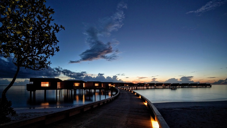 Villas at Night, Park Hyatt Maldives Hadahaa