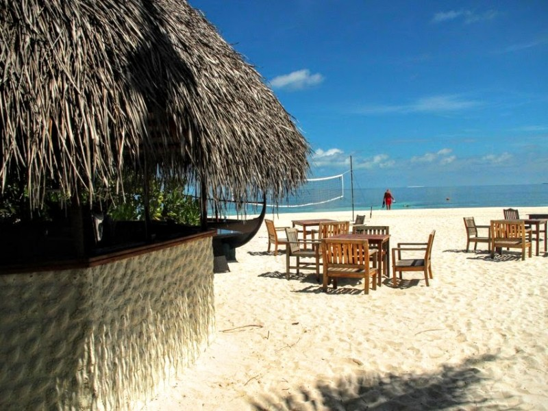 Anguru Beach Bar, Eriyadu Maldives Island