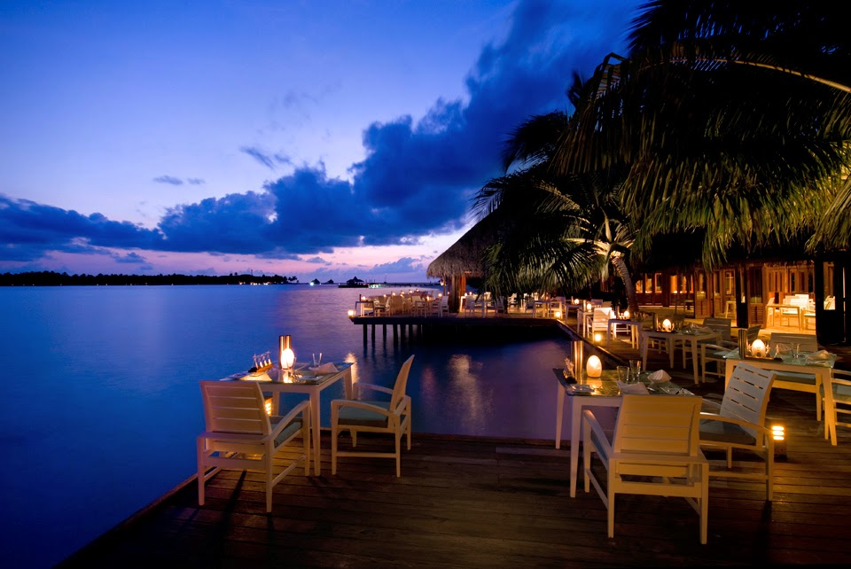 Dining with the stars at conrad maldives rangali island for Hotel conrad maldives rangali island resort