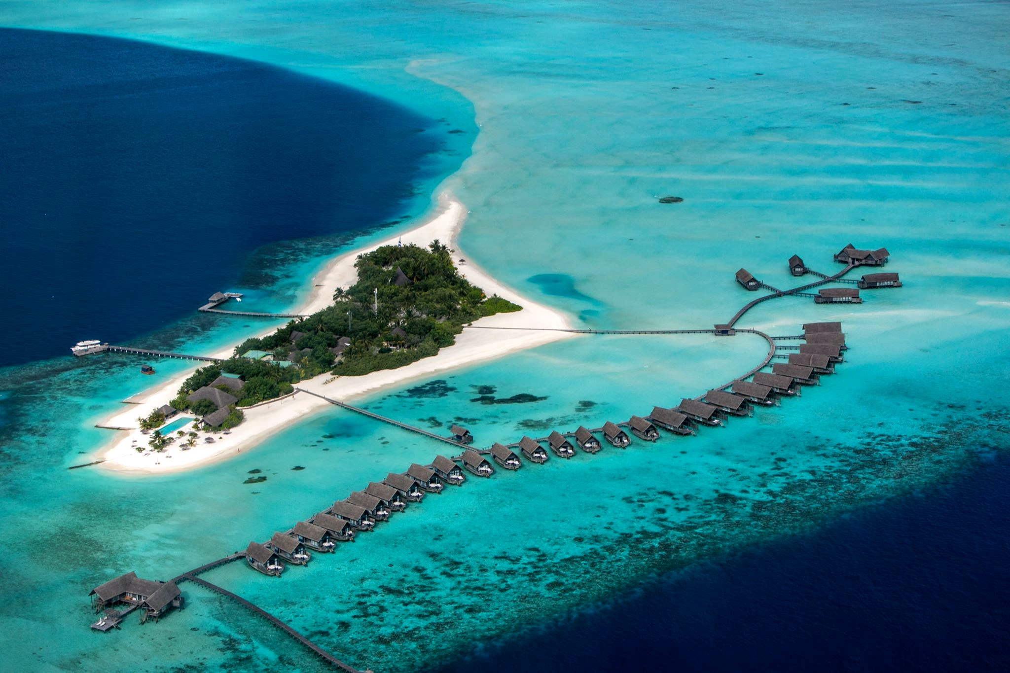 Maldives.com
