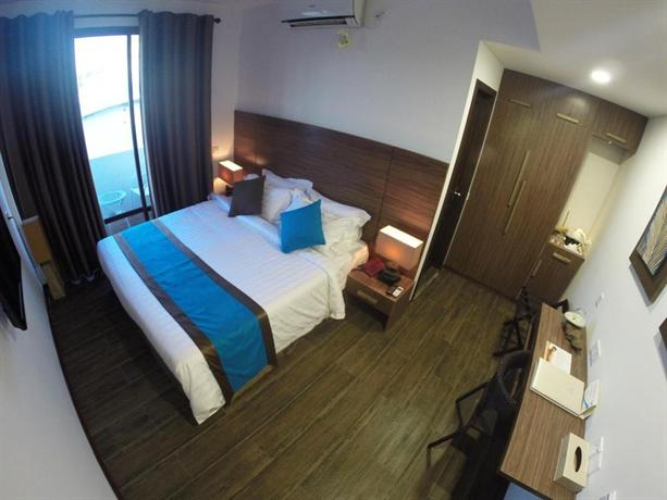 Deluxe Double Room with Balcony, Beachwood Hotel and Spa at Maafushi