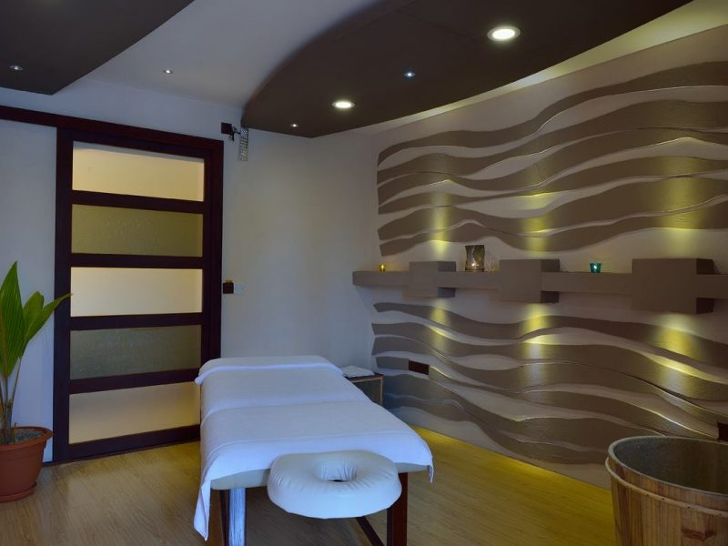 Spa, Whiteshell Island Hotel & Spa