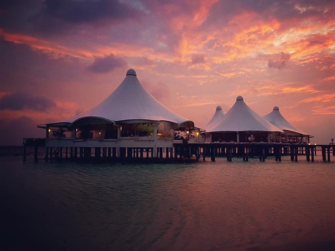 Direct Tv Satellite >> Safari Island Resort and Spa - Luxury Resort in Maldives