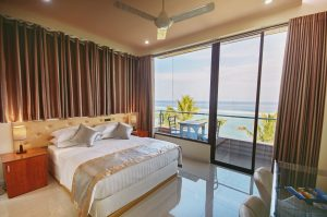 Honeymoon Room, Hotel Lonuveli