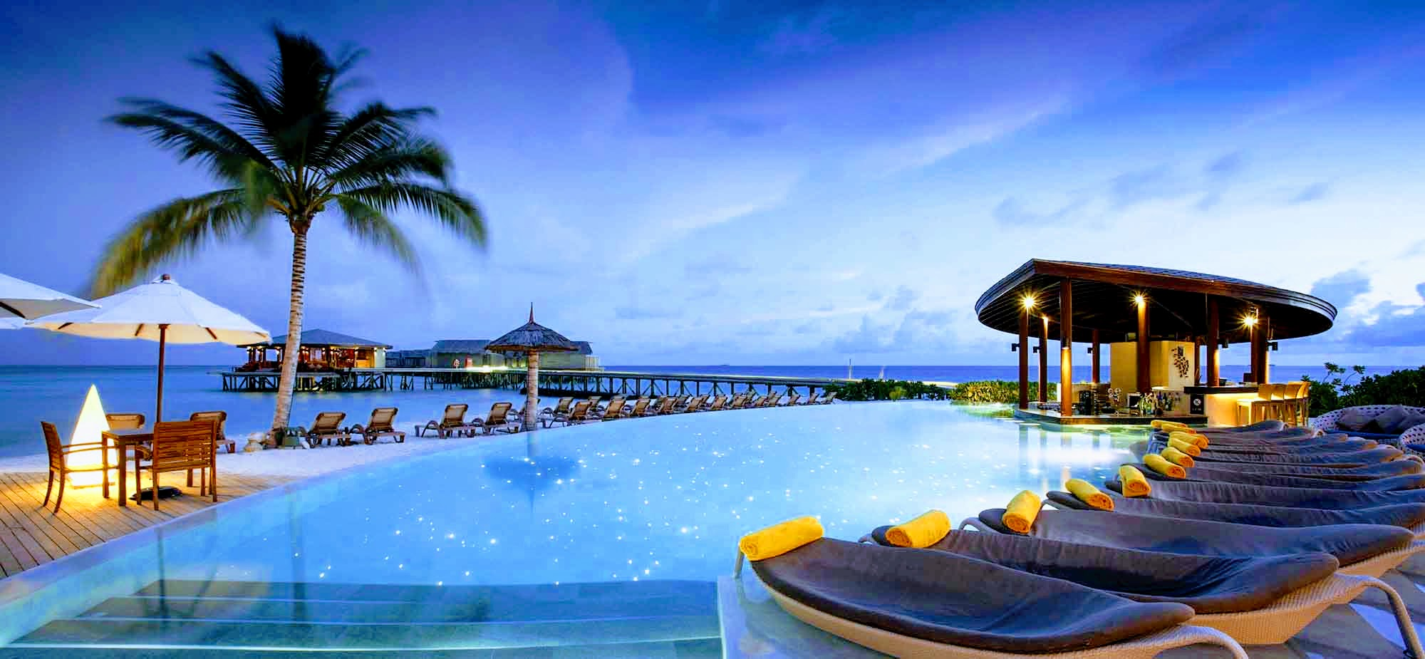 Centara ras fushi resort spa maldives