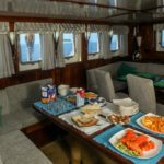 Dining in Dream Voyager