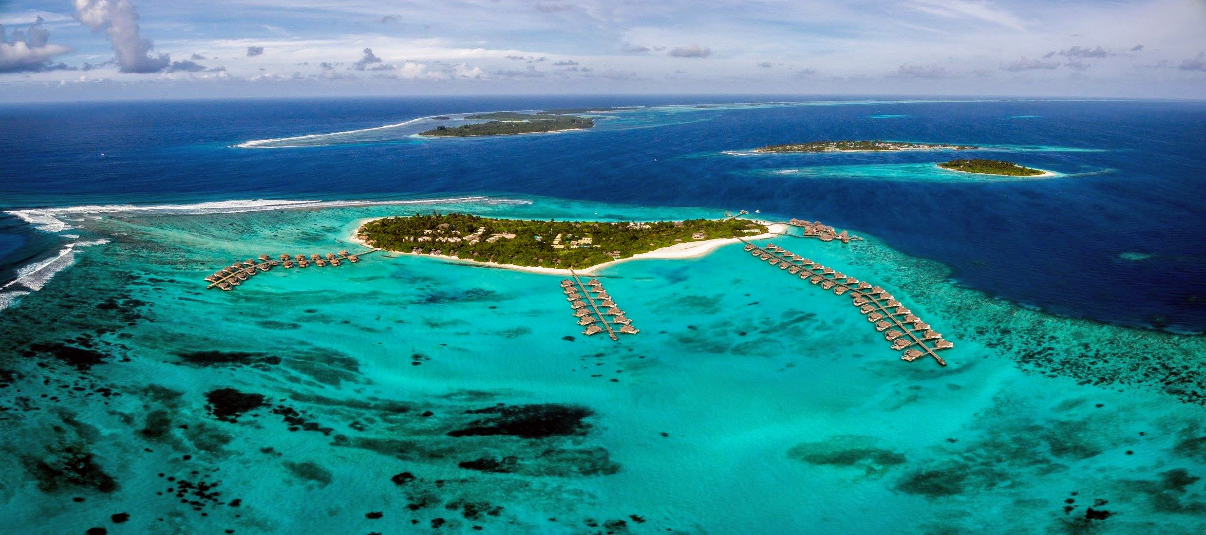 Aerial-panorama-Six-Senses-Laamu