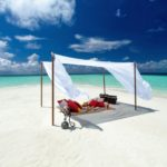 Sandbank pop up restaurant, Baros Maldives