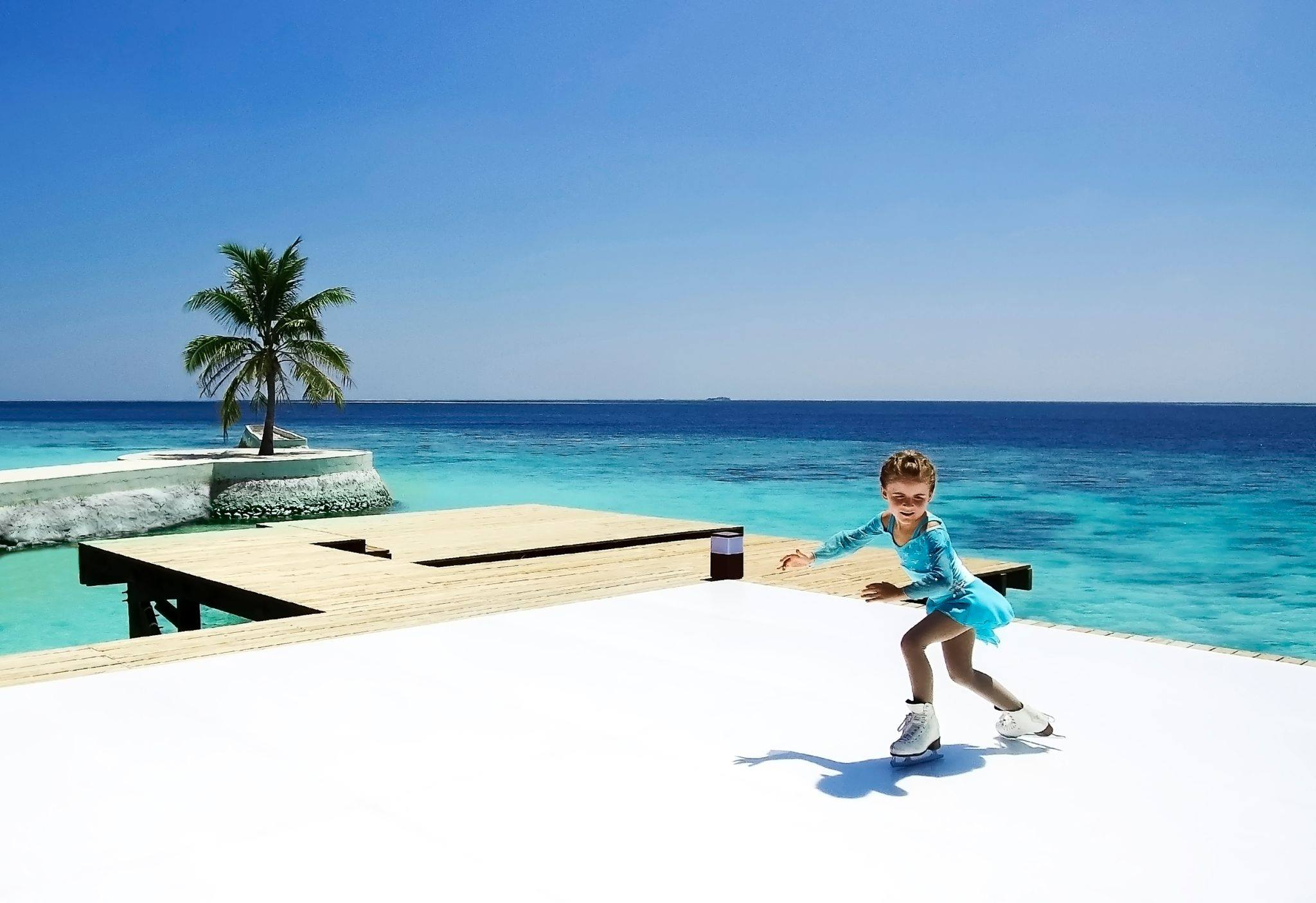 Jumeirah-Vittaveli-introduces-first-Ice-Rink-in-the-Maldives